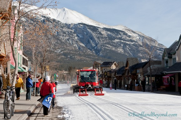 nordic-ski-groomer-machine-cross-country-snow-main-street-canmore-winter-festival-mountains