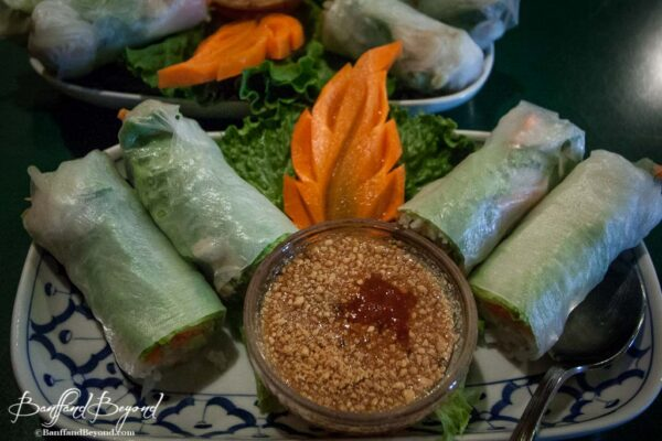fresh-summer-rolls-vegetarian-dish-banff-cheap-eats-food-quality-taste-pad-thai-cafe-spices