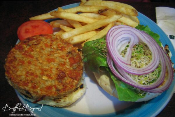 melissas-missteak-cheap-food-restaurant-vegetarian-burger-good-low-cost-cafe-locals-hangout-banff
