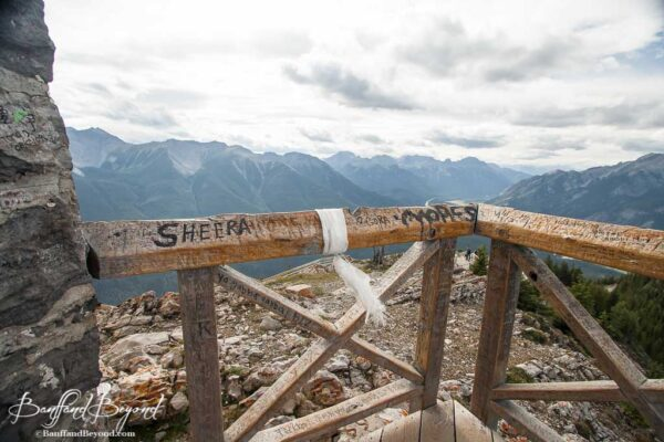 fence-sansons-peak-meteorogical-observatori-banff-fence-view