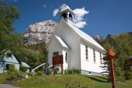 st-joseph-roman-catholic-church-historic-landmark-field-british-columbia-yoho-national-park-moutain-town