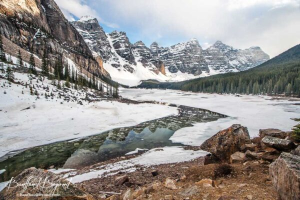 ice breaking up on moraine lake in june