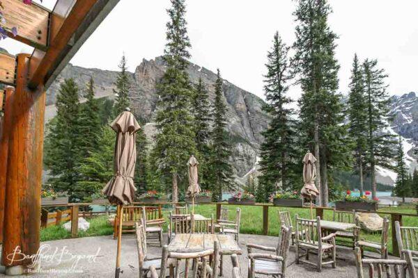 patio at moraine lake lodge