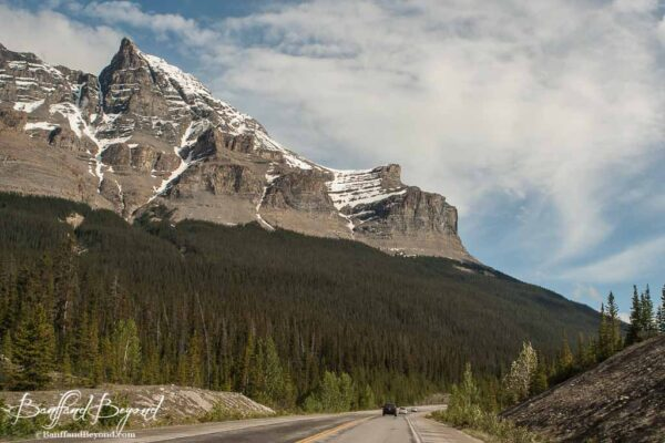rugged mountains along the icefields parkway