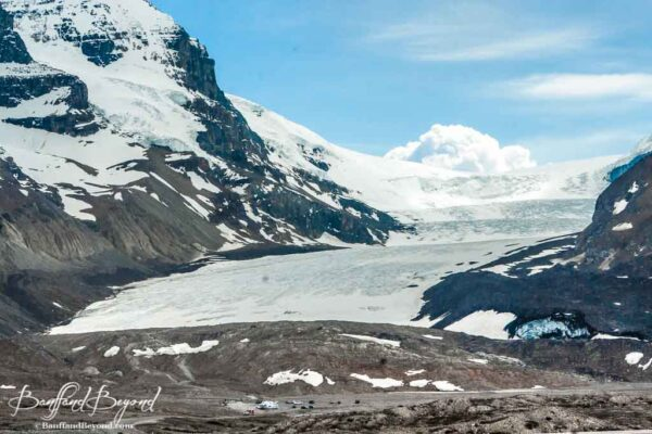 close-up-view-athabasca-glacier-columbia-icefields-parkway-drive-scenic-tourist-attraction