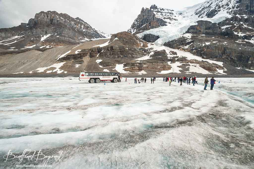 1a31f0f211f6 ... mountains and athabasca glacier view from ice explorer adventure ...