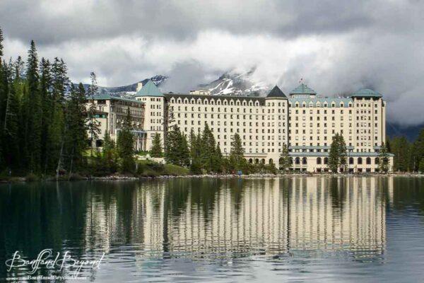 fairmont-chateau-lake-louise-accommodation-cheaper-autumn-shoulder-prices-banff-national-park-shoreline