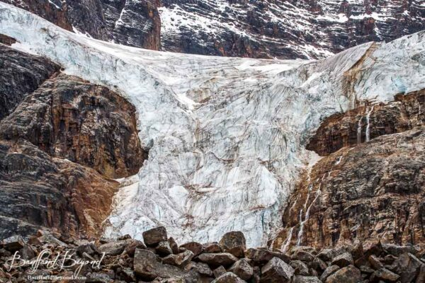 the shape of angel glacier wings on mount edith cavell