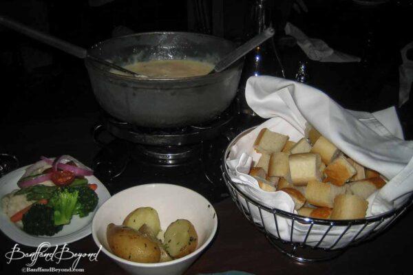 cheese-fondue-waldhaus-restaurant-banff-springs-hotel-food