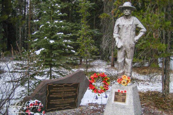 memorial for castle mountain internment camp