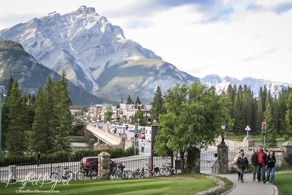 Where To Propose In Banff Rocky Mountains Banffandbeyond