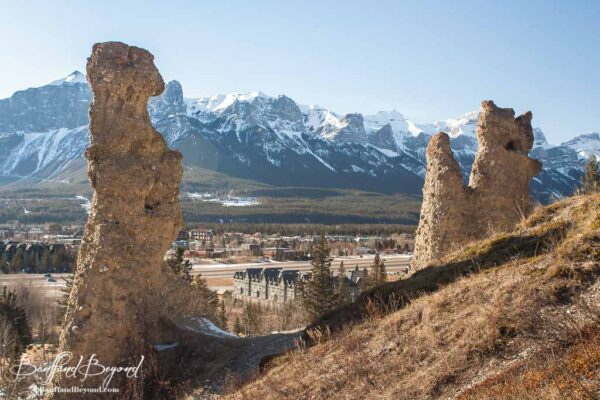 hoodoos along benchlands ridge trail in canmore