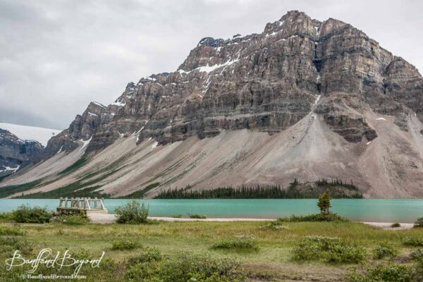 turquoise-color-water-glacier-bow-lake-banff-beautiful-mountain-scenery