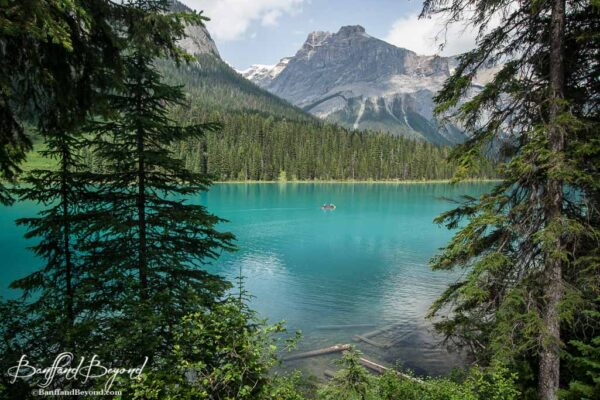 emerald-lake-yoho-national-park-BC-tourist-destination-canoe-rentals-hiking