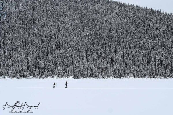 cross-country-skiing-lake-louise-winter-sports-snow-acttivities