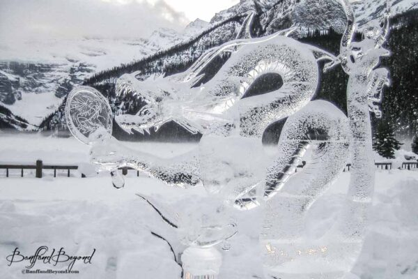 lake-louise-ice-magic-festival-carving-competition-tourist-activity