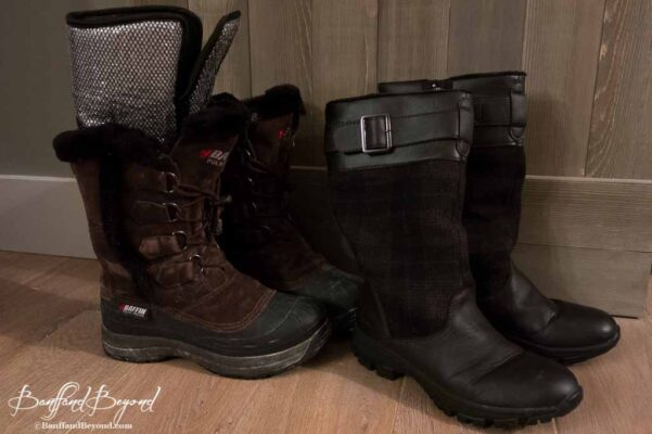 insulated winter boots for canada rocky mountains