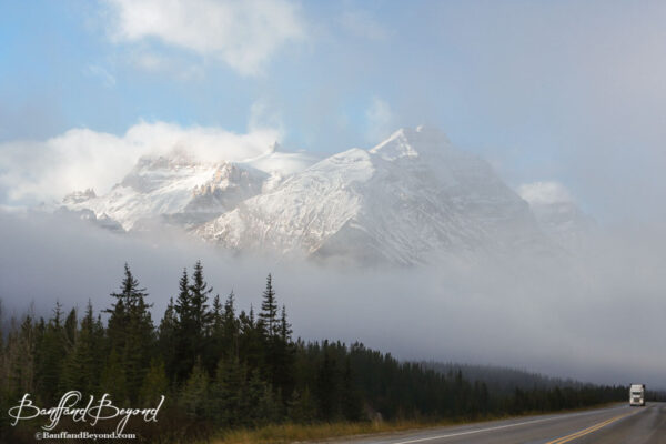 trans-canada-highway-rocky-mountains-beautiful-views-drive-vancouver-to-calgary-banff