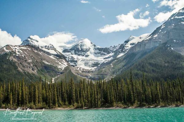 glaciers on mountain at maligne lake in jasper