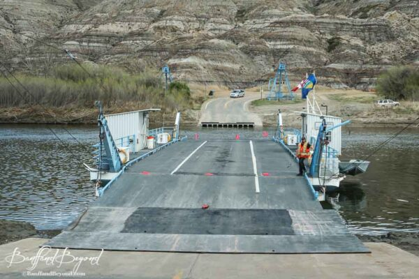 bleriot-cable-ferry-red-deer-river-dinosaur-trail-drumheller