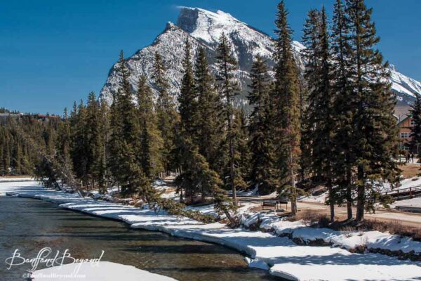bow-river-pathway-banff-town-casual-walk-easy-accessible-winter-stroller-friendly-paved-scenic